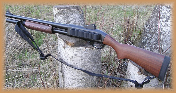 Custom Remington 870 by Grizzly Custom Guns (Photo from http://www.grizzlycustom.com)