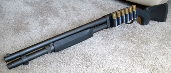 Remington 870 with Hogue Stock and Forend and TacStar Sidesaddle