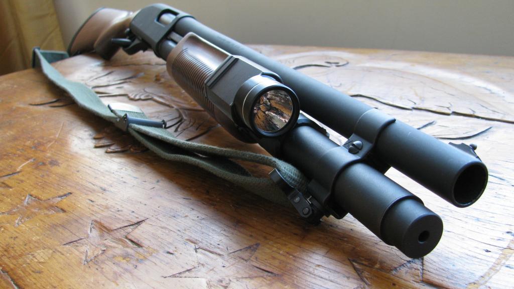 Streamlight TLR-1 Flashlight on Remington 870
