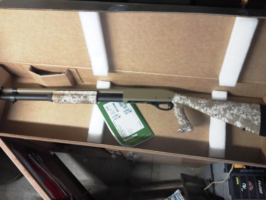Remington 870 Desert Tactical