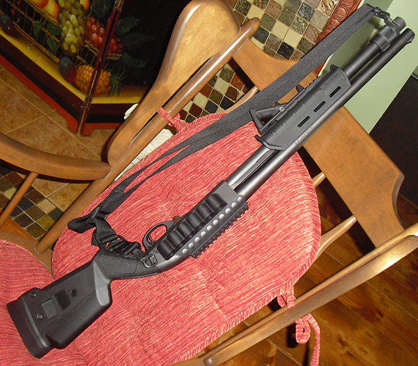 Remington 870 with Magpul Furniture and Mesa Tactical Sidesaddle