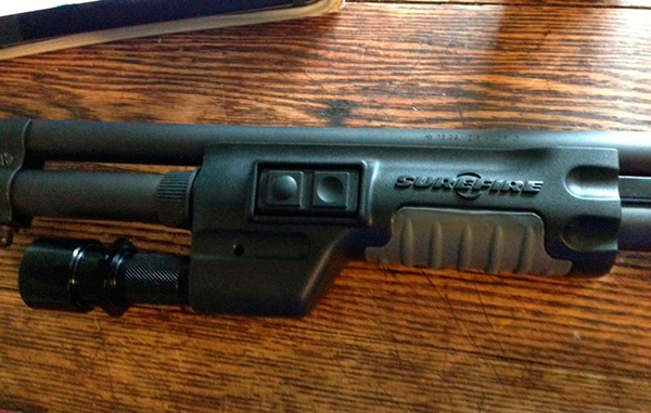 Remington870 with Surefire Forend