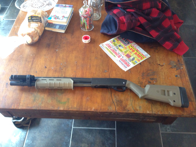 Remington 870 with Magpul Furniture in Dark Flat Earth