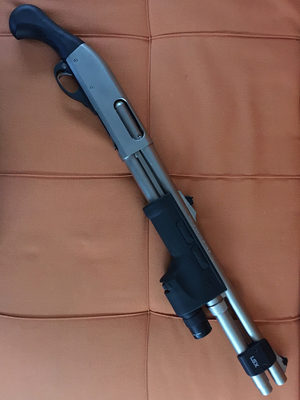 Remington 870 Marine with Pistol Grip and Surefire forend