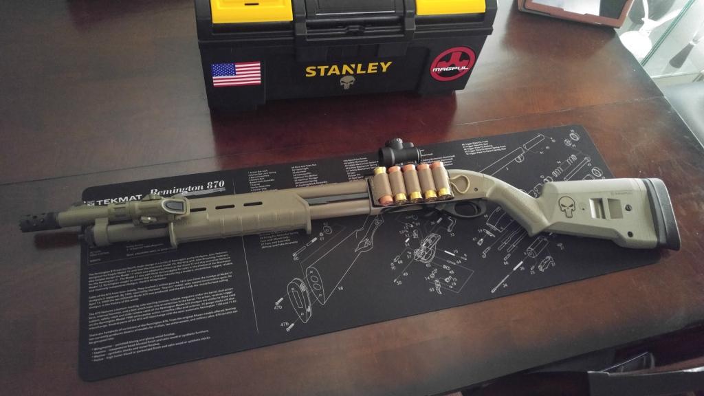 Remington 870 Express Tactical Magpul FDE / Trijicon MRO Red Dot / Inforce MIL light / Esstac carrier / PC gauge follow / Volquartsen Non-MIM / Big button safety