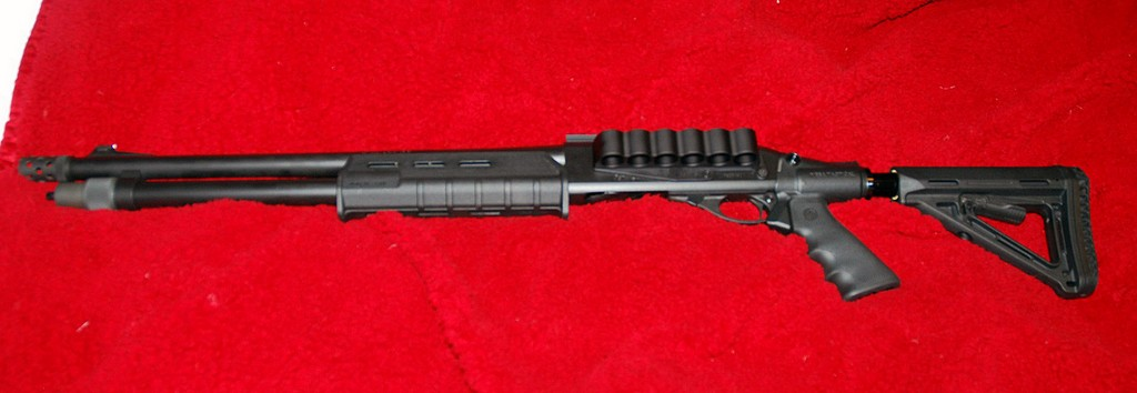 Remington 870 with Mesa Tactical Stock, Magpul forend and Inforce Flashlight