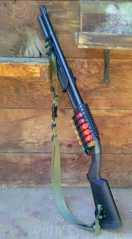 Remington 870 with Sidesaddle