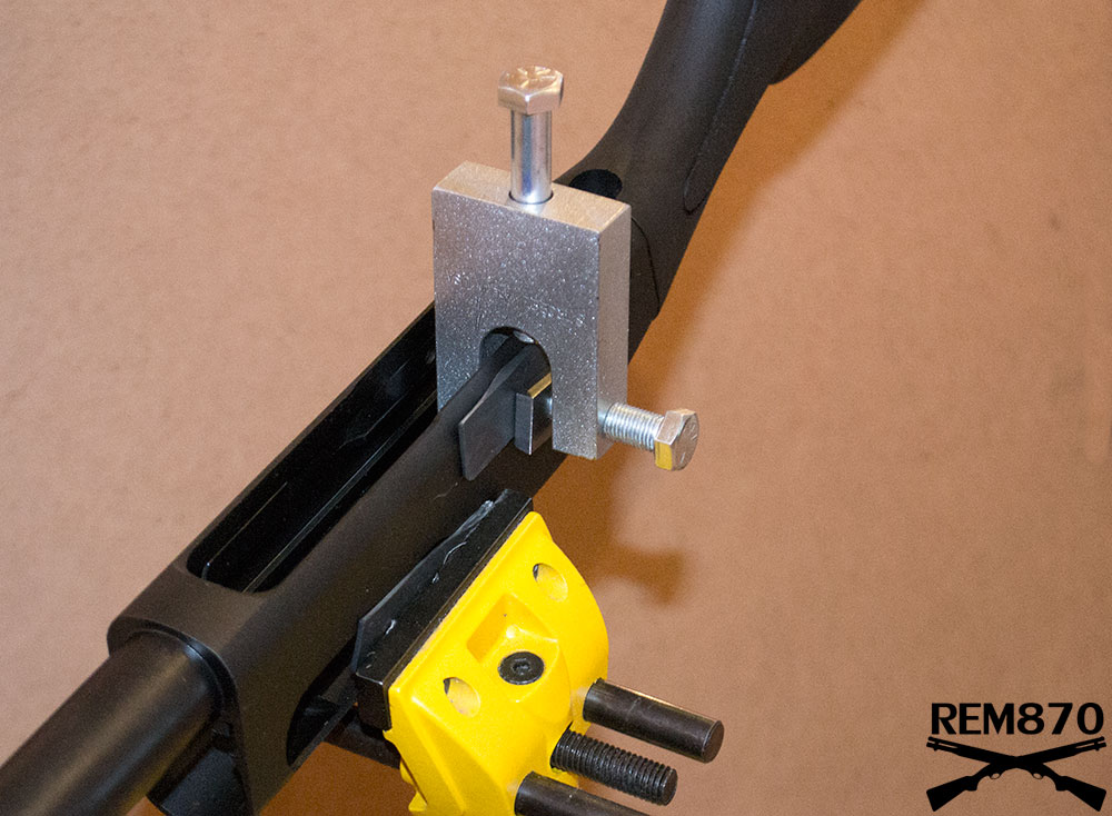 Remington 870/1100 Shell Latch Staker