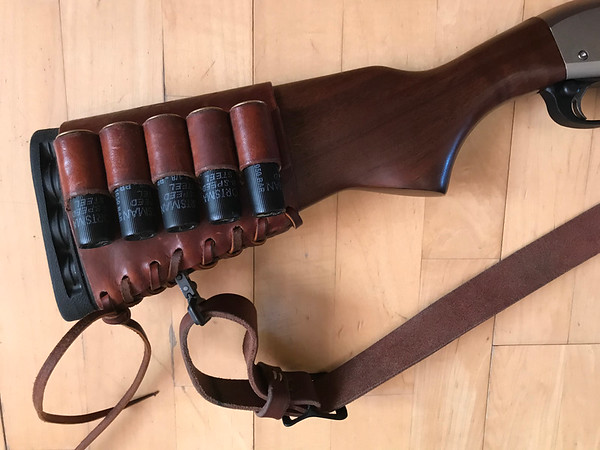 Remington 870 Police Marine Magnum with Leather Ammo Carrier