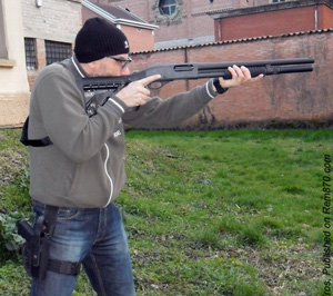 Remington 870 shotgun guide: disassembly, reassembly, cleaning.