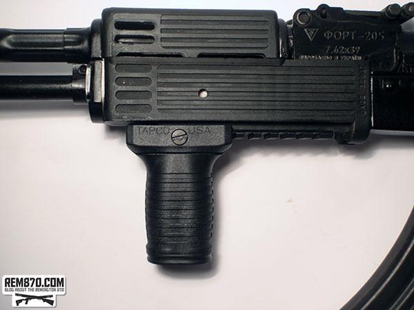 Tapco Tactical Vertical Short Grip