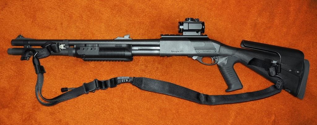 Remington 870 with Urbino Stock, Sidesaddle and Red Dot Sight