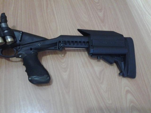 Remington 870 with Knoxx Stock, Powerpak, Blackhawk Powerpak Modular Cheek Piece Kit, Hogue Slip-on Grip
