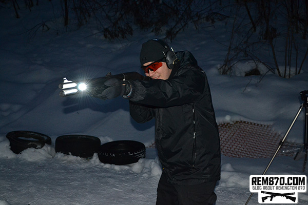 Testing FAB Defense Speedlight Flashlight on CDM Gear MOD-C Clamp on Remington 870