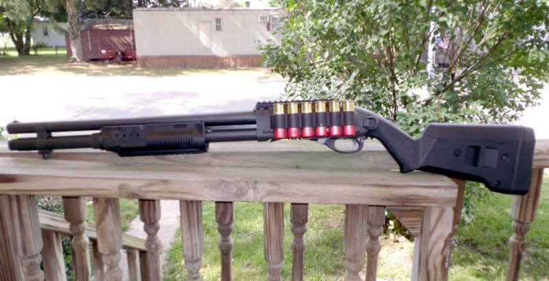 Remington 870 with Magpul Furniture, FAB Defense Forend and Mesa Tactical Sidesaddle