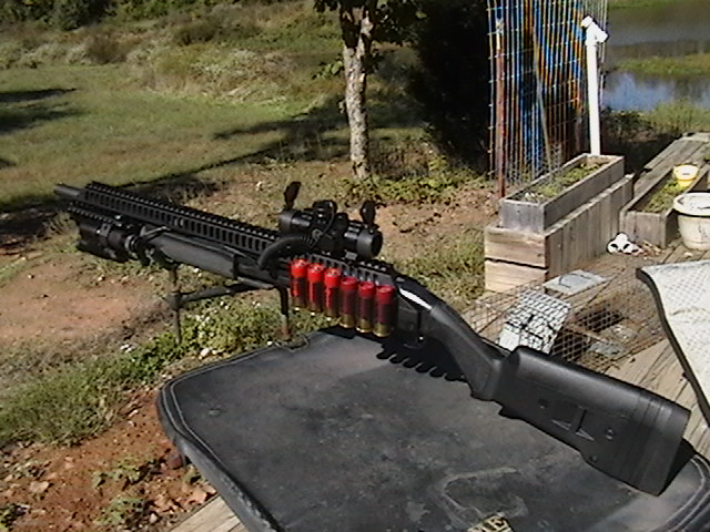 Remington 870 Wingmaster with Heatshield, Red dot and laser