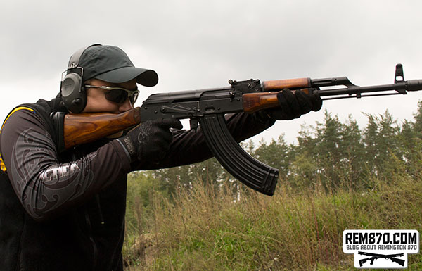 Testing AK-47 with Magpul MOE Grip