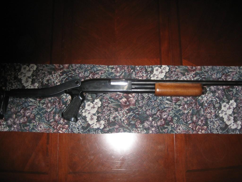 FACTORY REMINGTON 870 w/Law Enforcement Folding Stock/Pistol