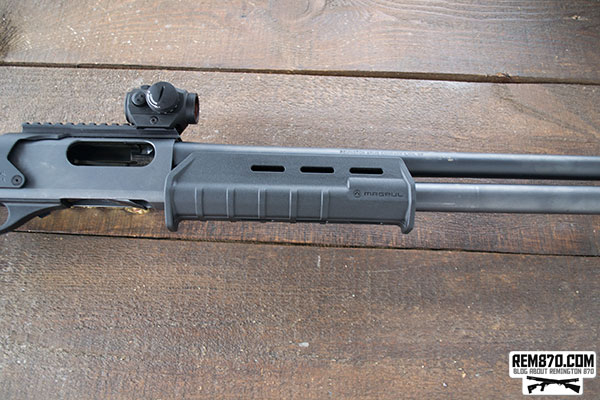 Remington 870, Magpul Stock/Forend, Aimpoint or Mesa Tactical