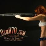 1600x1200, Hot Girl with Remington 870 Shotgun Wallpaper