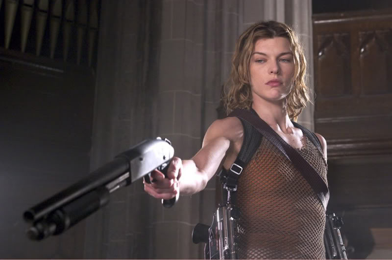 Milla Jovovich Shooting Mossberg Shotgun One Handed (Resident Evil movie)