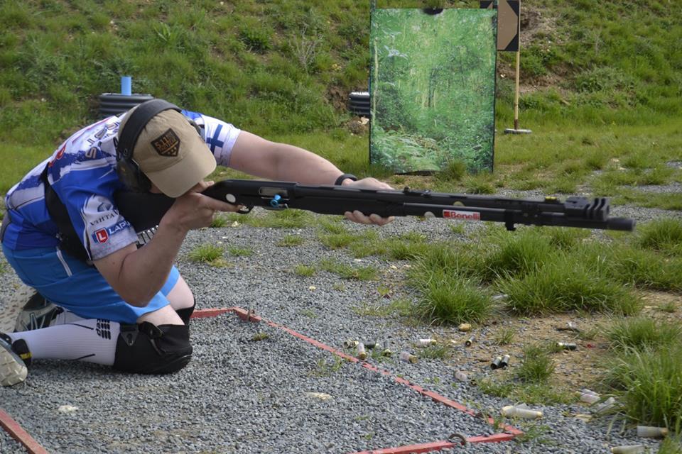 Mikael Kaislaranta Shooting Knee